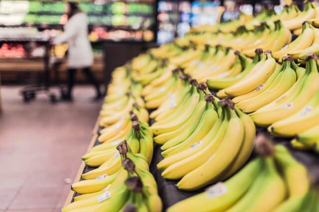 fruits-grocery-bananas-market-4621 (1) (1)